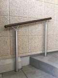 屋外階段手摺り取付工事1