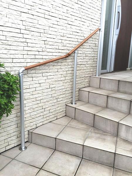 三協アルミの屋外階段手すり工事例