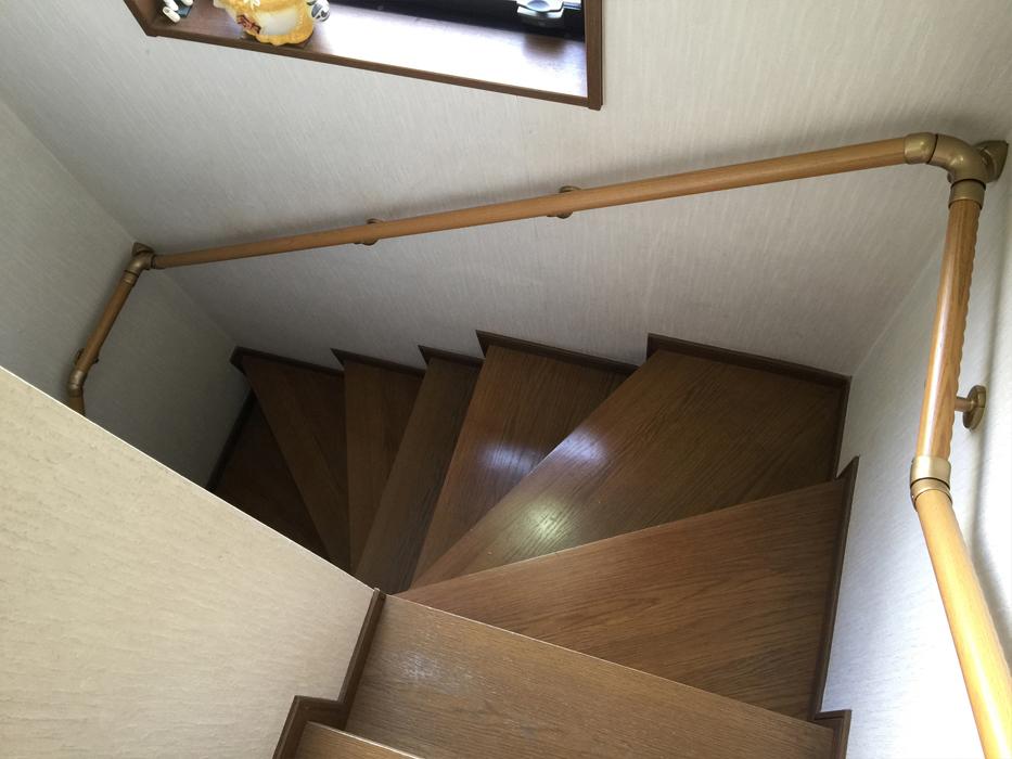 トイレ・階段手すりの取付工事2