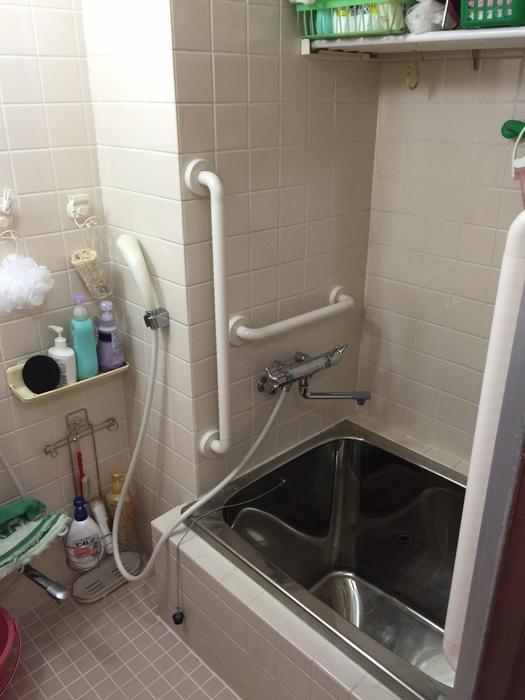 TOTOインテリアバー浴室手すりの取付工事2